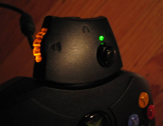 mike chambers: Hacking the Xbox headset Adaptor : Illuminate